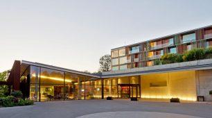 LA MOLA HOTEL & CONFERENCE CENTRE